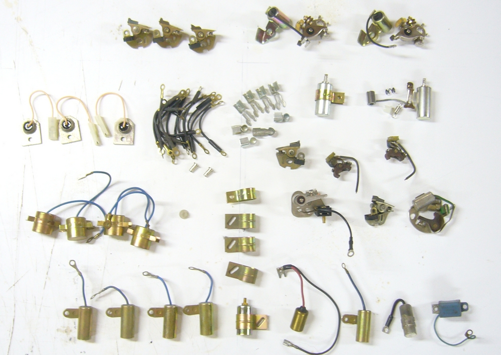 ( vends ) lot de rupteurs et condensateurs  Rupteu10
