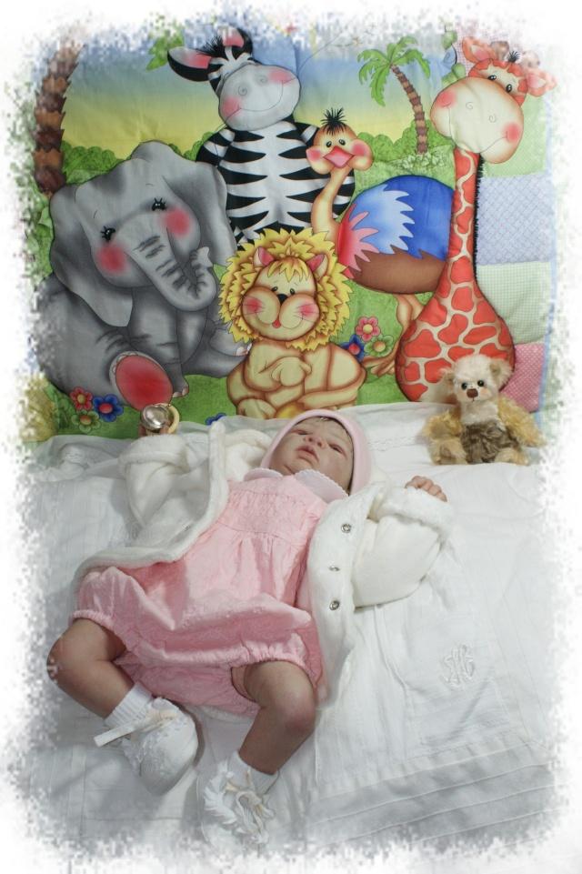 Galerie d'Elféesbabou : La nurserie des bébés de Lune. - Page 3 Dsc04610