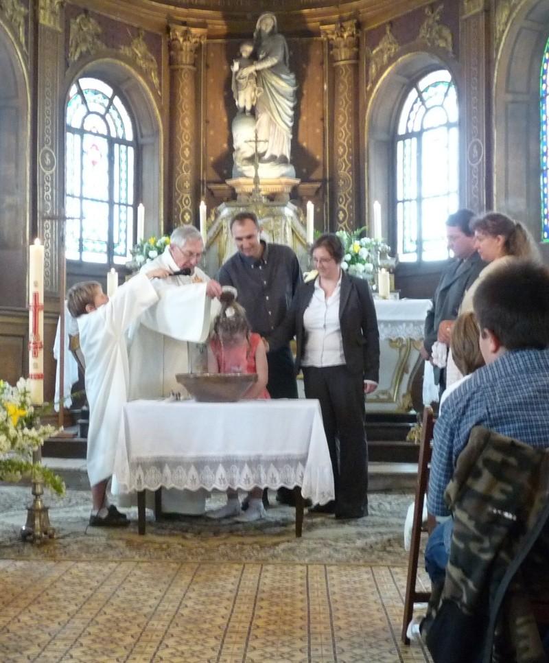 baptème florine +1ere communion - Page 3 Mai09_11
