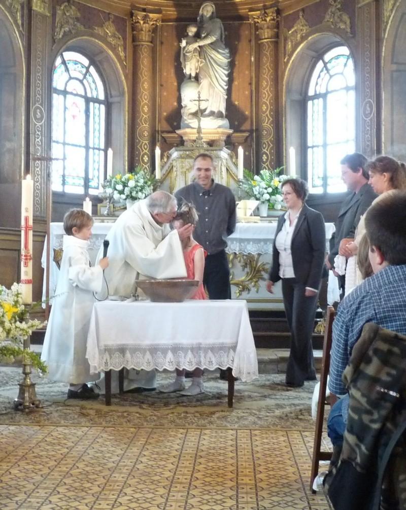 baptème florine +1ere communion - Page 3 Mai09_12