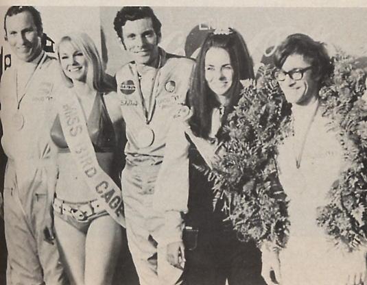 BOB SHARP RACING DATSUN, Paul Newman..Combinaison gagnante Mccomb10