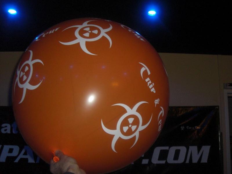 Lancer de ballons Trip & Teuf pendant les events Redime15