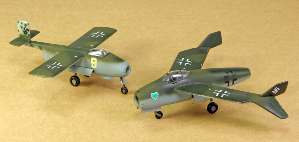 Blohm & Voss BV P.211.02 & P.212.03 [1:72 - Special Hobby,encore ! ] Blom__14