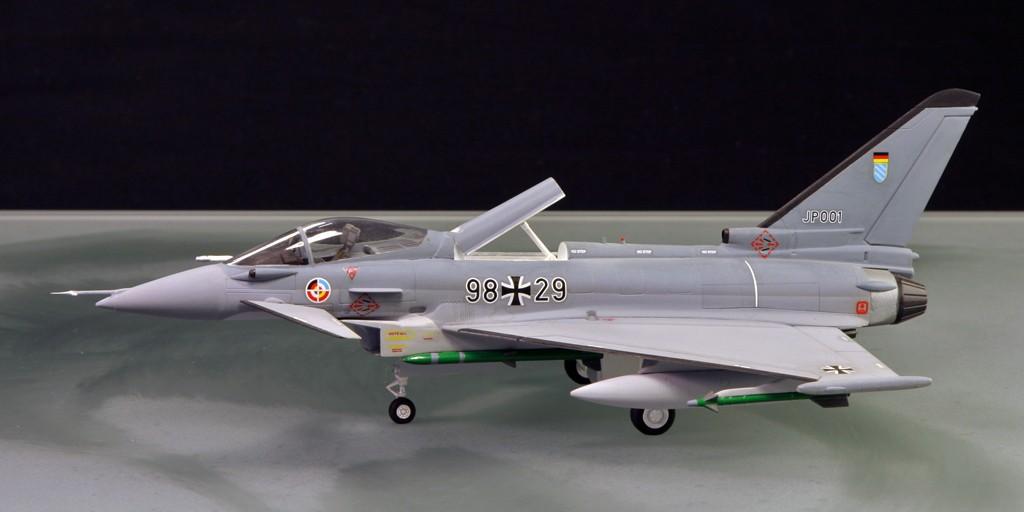 Eurofighter EF-2000 (prototype JP001) - Italeri 1/72ème Eurofi11
