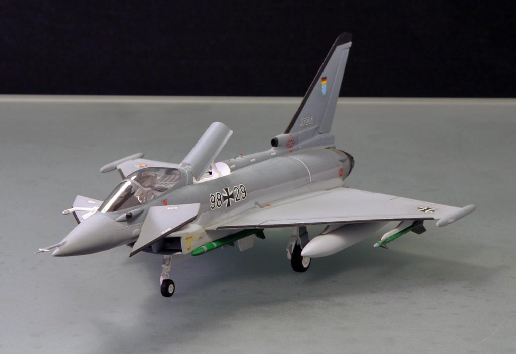Eurofighter EF-2000 (prototype JP001) - Italeri 1/72ème Eurofi12