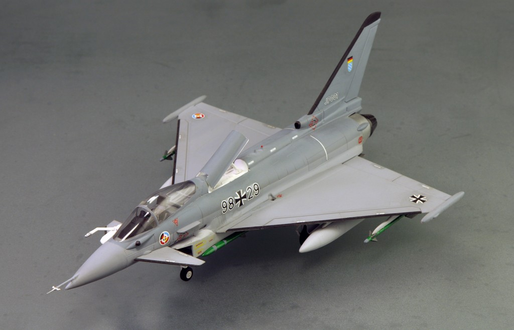 Eurofighter EF-2000 (prototype JP001) - Italeri 1/72ème Eurofi17