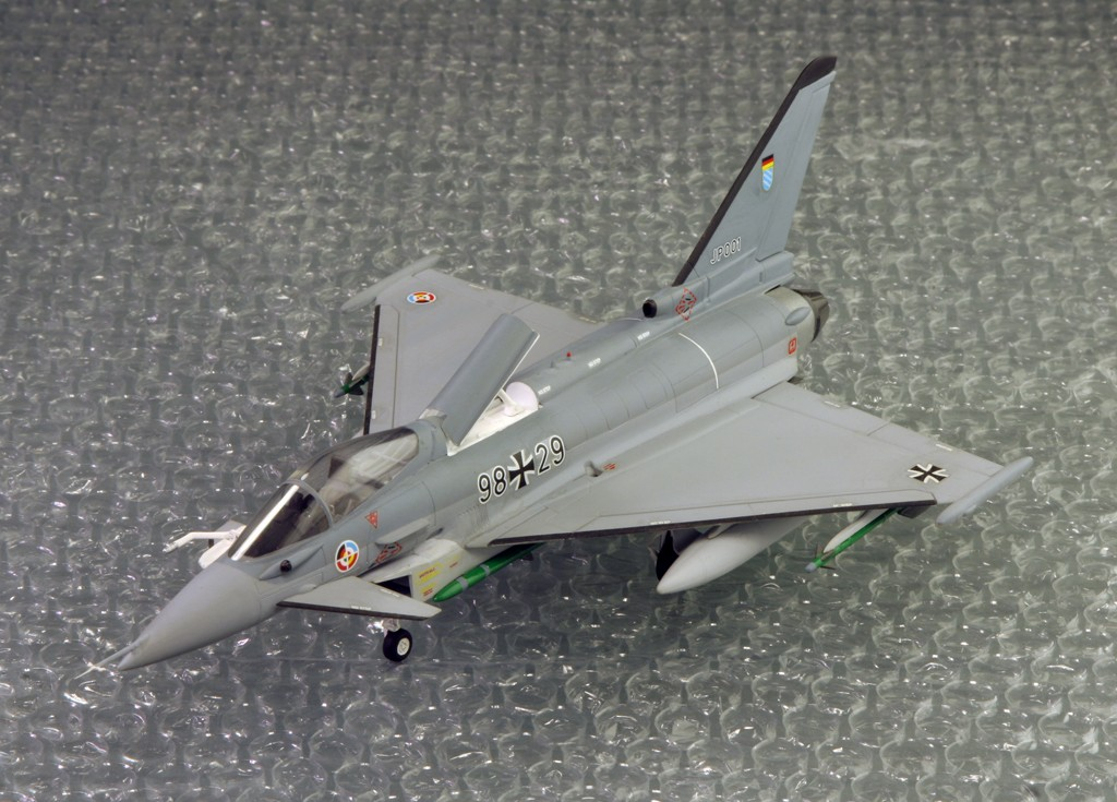Eurofighter EF-2000 (prototype JP001) - Italeri 1/72ème Eurofi21