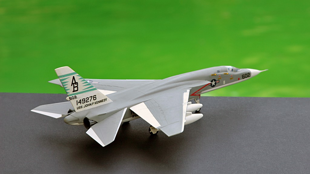 North American RA-5C 'Vigilante' - RVAH-14 1969 [1:72 - AIRFIX] Img_2527