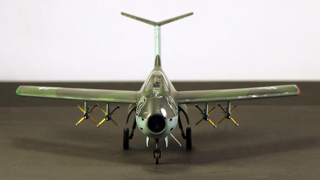 """Focke-Wulf Ta183A """"HUCKEBEIN"""" [1:48 - Tamiya] Ta_18310"""