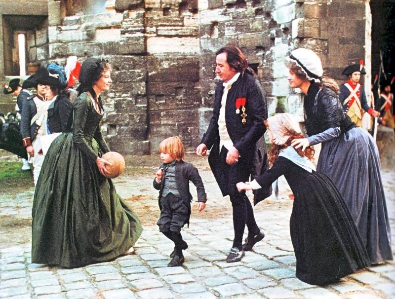 Les Années Lumières (Enrico) et Les Années Terribles (Heffron), avec Jane Seymour - Page 12 Al1110