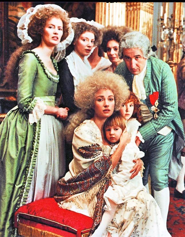 Les Années Lumières (Enrico) et Les Années Terribles (Heffron), avec Jane Seymour - Page 11 Al510
