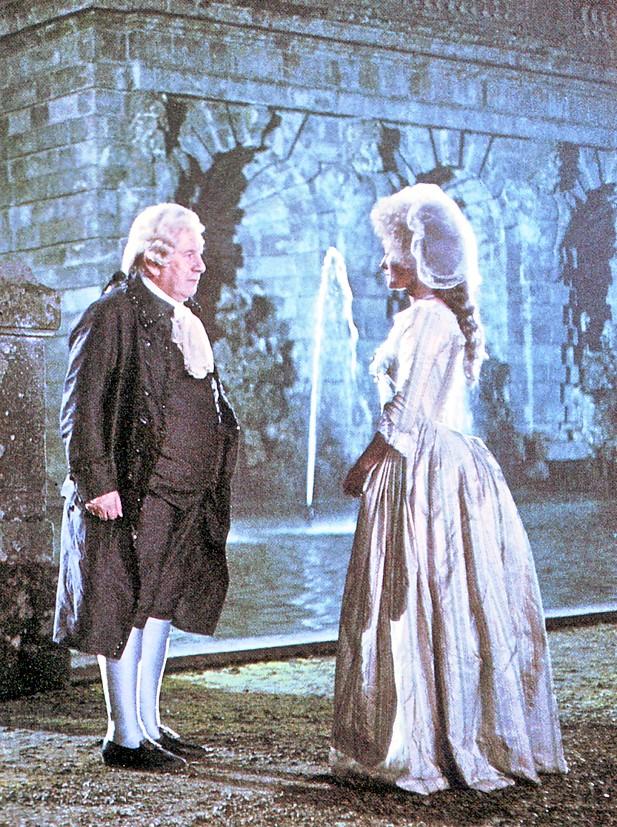 Les Années Lumières (Enrico) et Les Années Terribles (Heffron), avec Jane Seymour - Page 11 Al610
