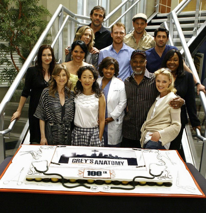 Grey's Anatomy - Page 8 6a00d810