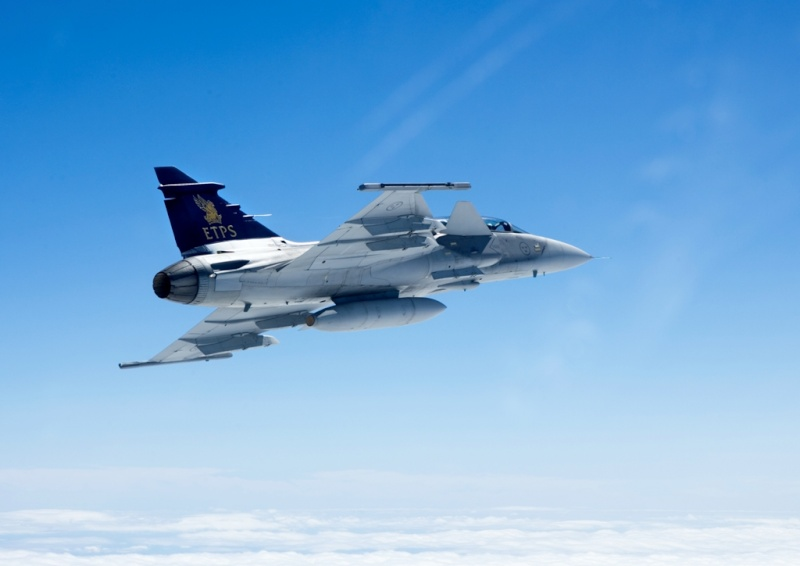 Gripen around the world - Page 4 06404410