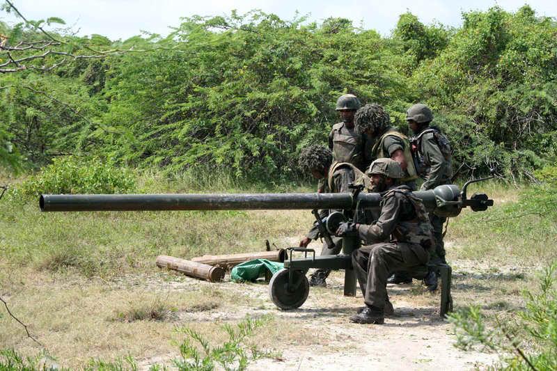 armée Sri-lankaise / Sri Lanka Armed Forces - Page 2 1211