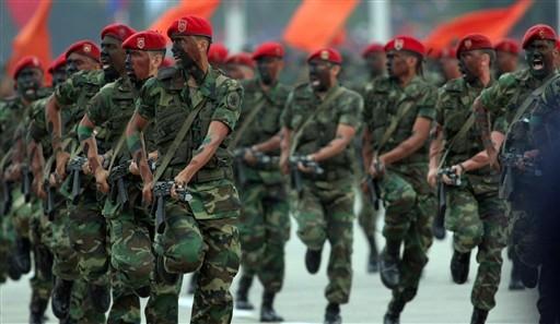 Armée Venezuelienne/National Bolivarian Armed Forces/ Fuerza Armada Nacional Bolivariana 24979510