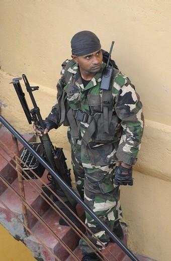 armée Sri-lankaise / Sri Lanka Armed Forces - Page 2 311
