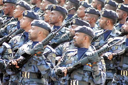 armée Sri-lankaise / Sri Lanka Armed Forces - Page 2 47189010