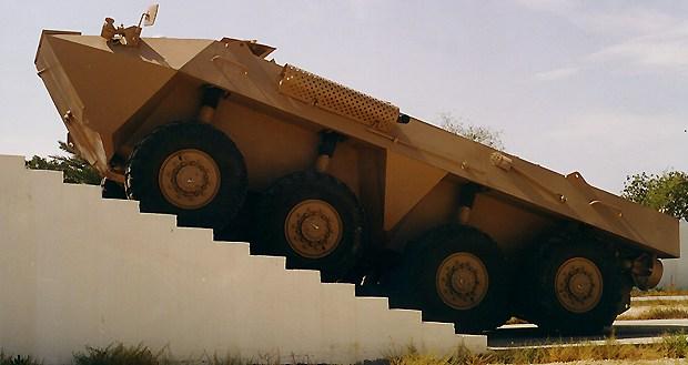 l'industrie militaire dans le monde arabe Al_fah10