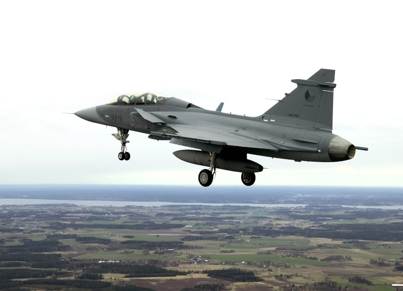 Gripen around the world - Page 4 First_12