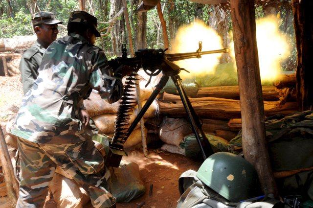 armée Sri-lankaise / Sri Lanka Armed Forces - Page 2 Grgrjc10