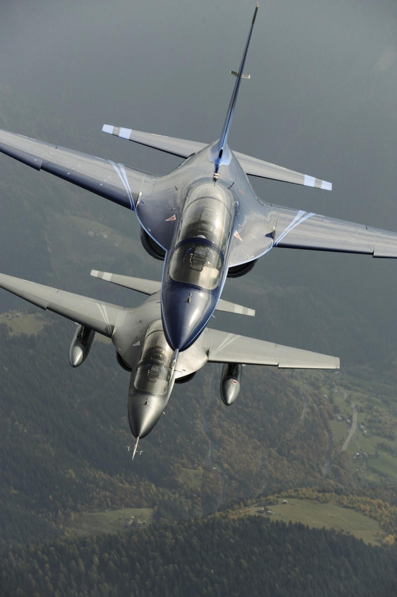 Aermacchi M-346 advanced jet trainer M-346_10