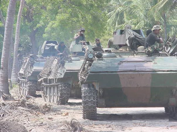 armée Sri-lankaise / Sri Lanka Armed Forces - Page 2 N1692415