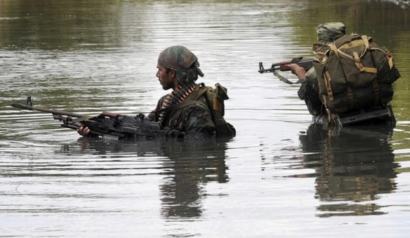 armée Sri-lankaise / Sri Lanka Armed Forces - Page 2 Sla210