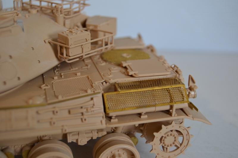 AMX30 B2 Brennus [Tiger Model] 1/35 - Page 2 Dsc_0185