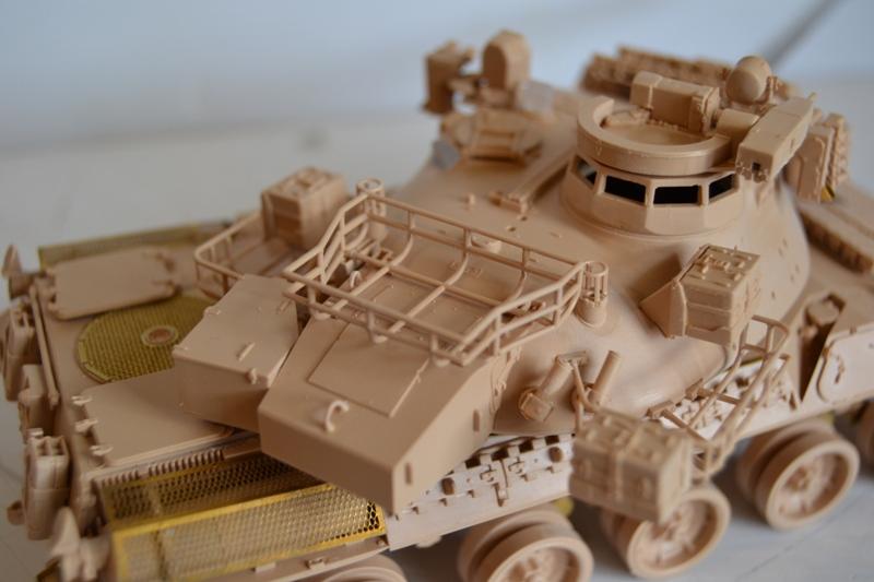 AMX30 B2 Brennus [Tiger Model] 1/35 - Page 2 Dsc_0188