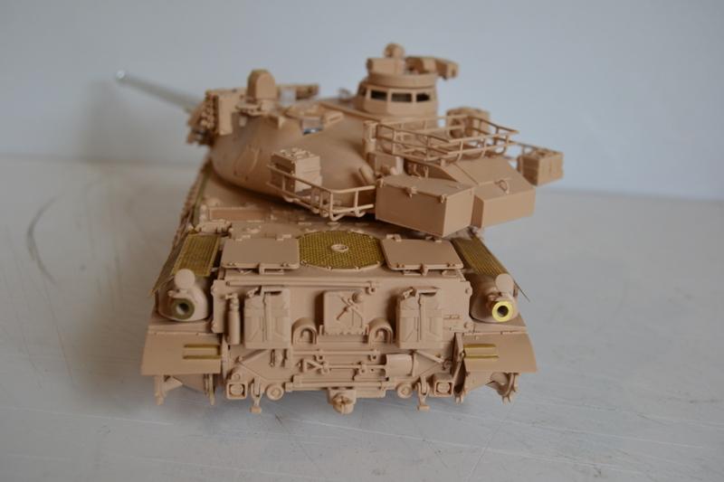 AMX30 B2 Brennus [Tiger Model] 1/35 - Page 2 Dsc_0194