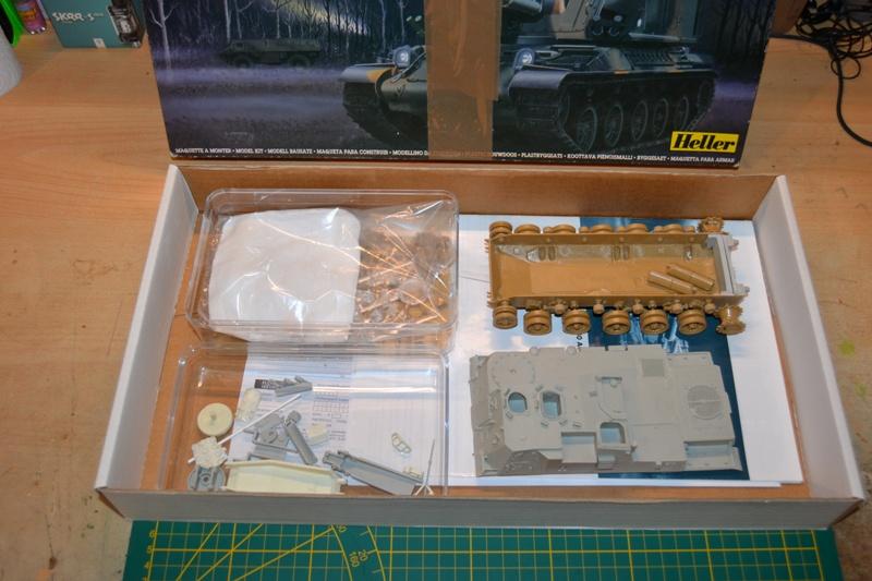AMX-30 PLUTON -[Heller 81129] + [Terre-Model TM014] 1/35 Dsc_0243