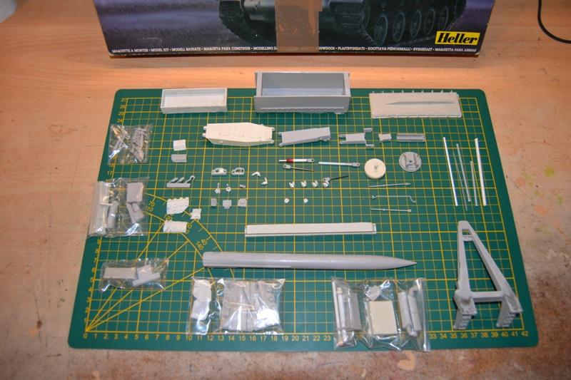AMX-30 PLUTON -[Heller 81129] + [Terre-Model TM014] 1/35 Dsc_0247