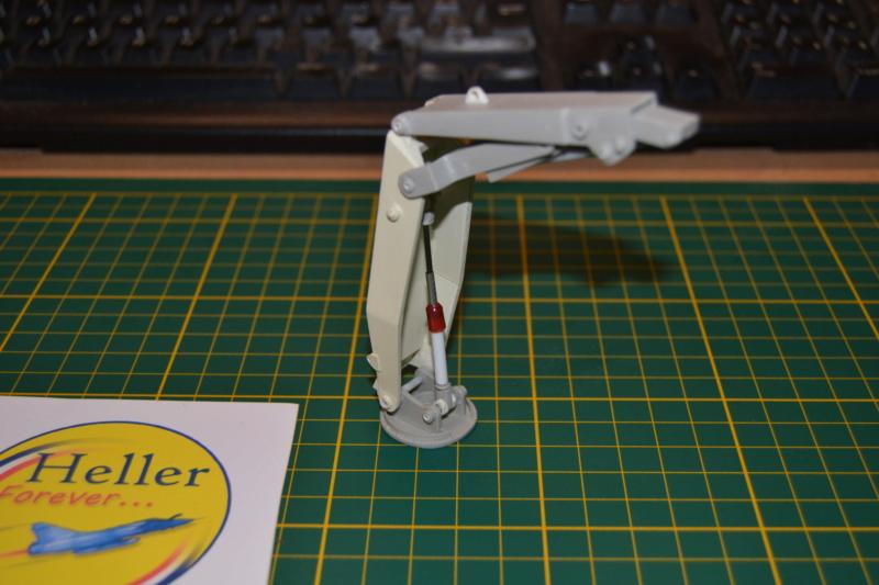 AMX-30 PLUTON -[Heller 81129] + [Terre-Model TM014] 1/35 Dsc_0283