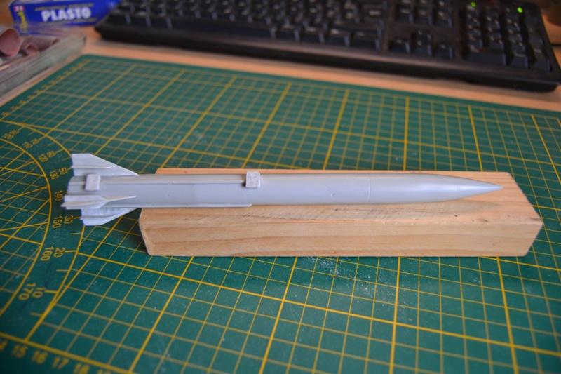 AMX-30 PLUTON -[Heller 81129] + [Terre-Model TM014] 1/35 - Page 2 Dsc_0320