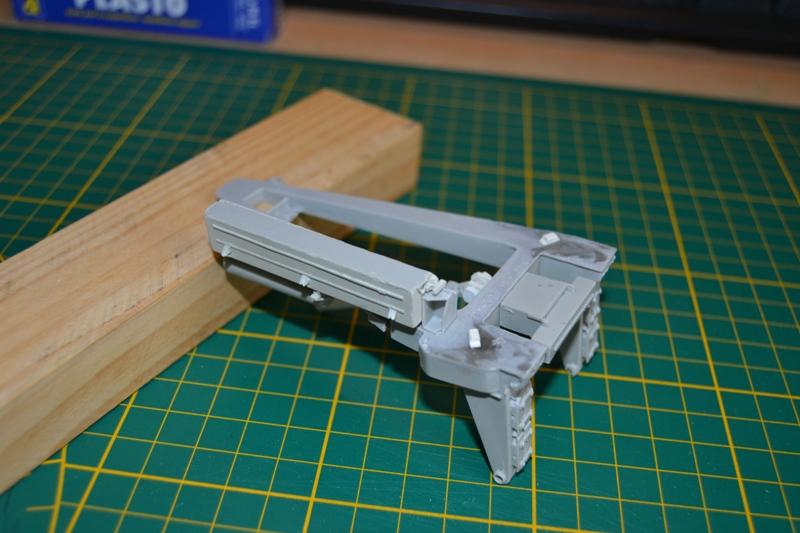 AMX-30 PLUTON -[Heller 81129] + [Terre-Model TM014] 1/35 - Page 2 Dsc_0335