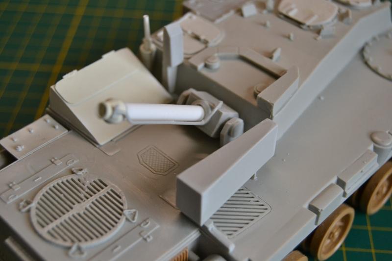 AMX-30 PLUTON -[Heller 81129] + [Terre-Model TM014] 1/35 - Page 2 Dsc_0341