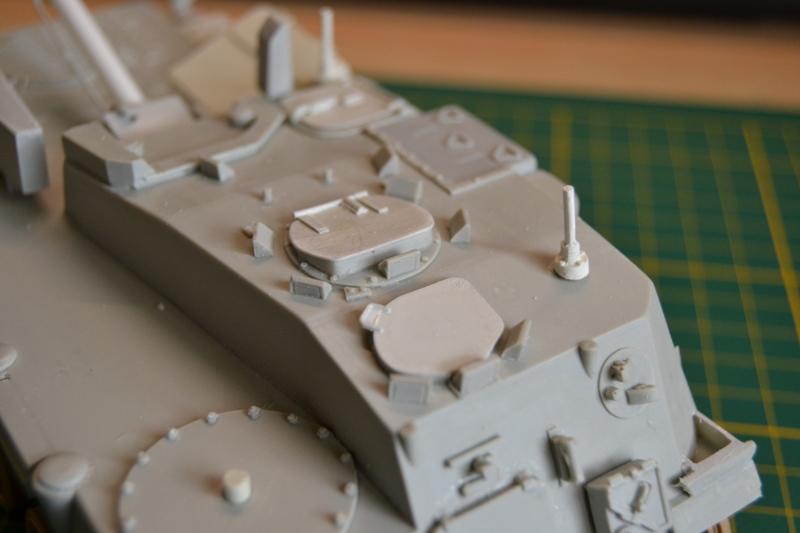 AMX-30 PLUTON -[Heller 81129] + [Terre-Model TM014] 1/35 - Page 2 Dsc_0343