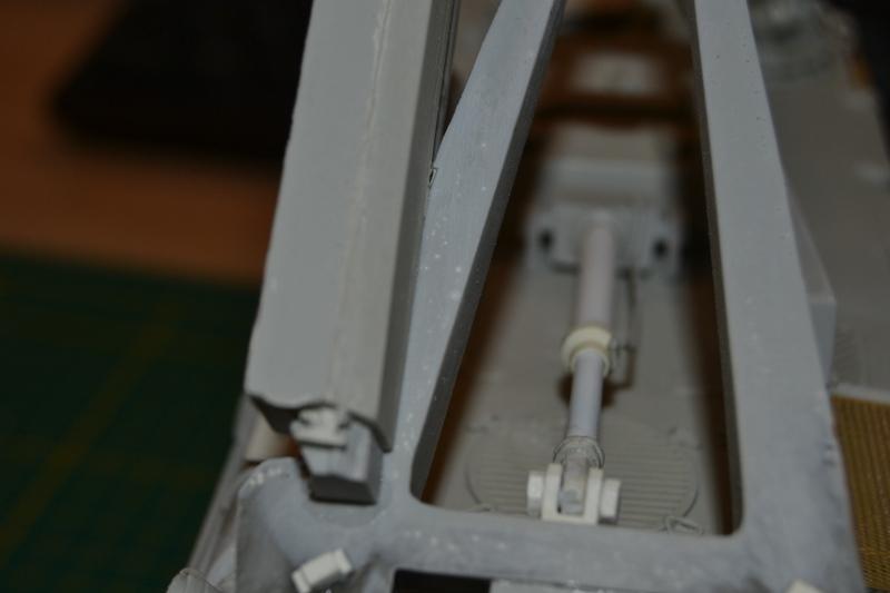 AMX-30 PLUTON -[Heller 81129] + [Terre-Model TM014] 1/35 - Page 2 Dsc_0356