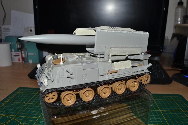 AMX-30 PLUTON -[Heller 81129] + [Terre-Model TM014] 1/35 - Page 2 Dsc_0359