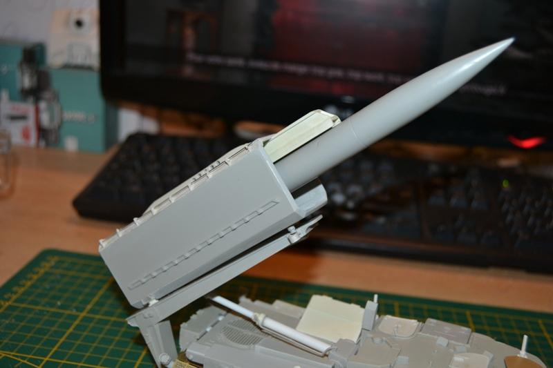 AMX-30 PLUTON -[Heller 81129] + [Terre-Model TM014] 1/35 - Page 2 Dsc_0360