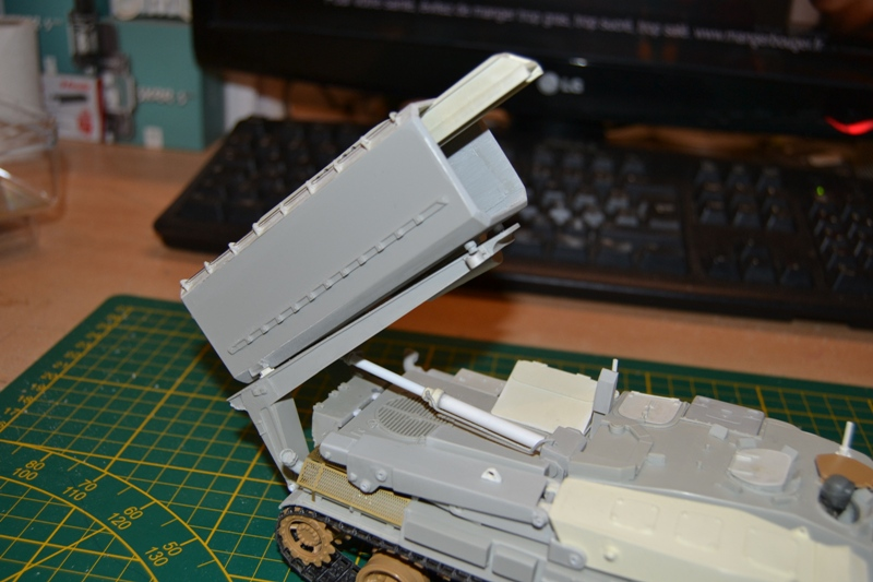 AMX-30 PLUTON -[Heller 81129] + [Terre-Model TM014] 1/35 - Page 2 Dsc_0361