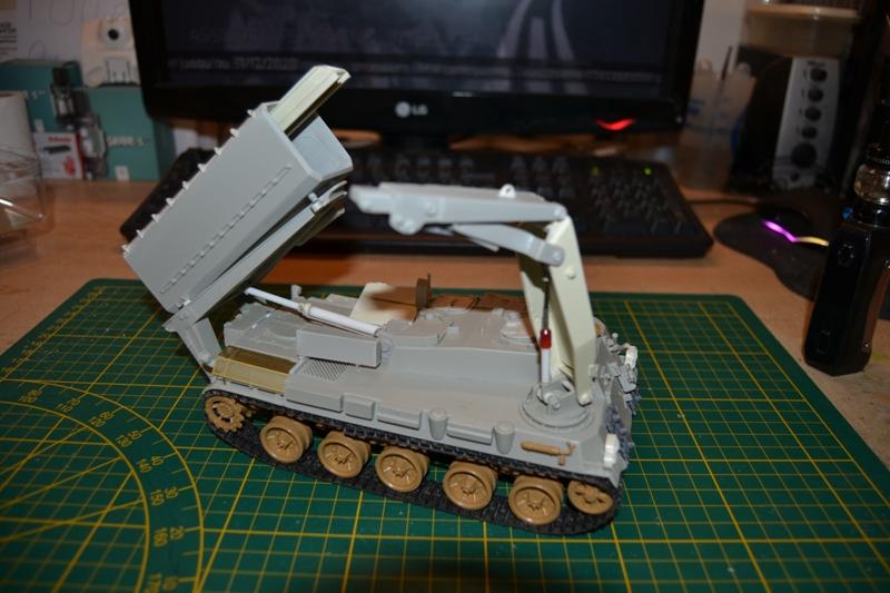 AMX-30 PLUTON -[Heller 81129] + [Terre-Model TM014] 1/35 - Page 2 Dsc_0363