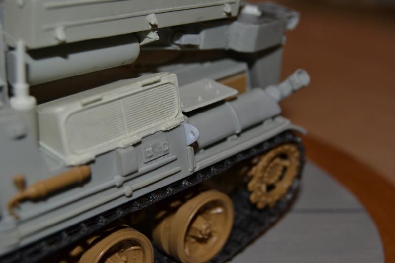 AMX-30 PLUTON -[Heller 81129] + [Terre-Model TM014] 1/35 - Page 2 Dsc_0375