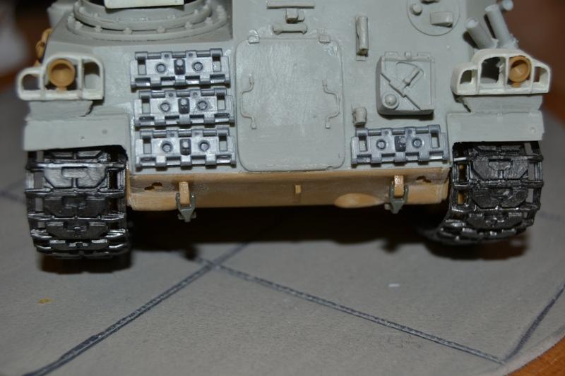 AMX-30 PLUTON -[Heller 81129] + [Terre-Model TM014] 1/35 - Page 2 Dsc_0376