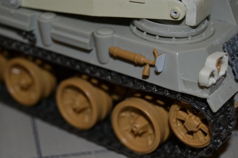 AMX-30 PLUTON -[Heller 81129] + [Terre-Model TM014] 1/35 - Page 2 Dsc_0381