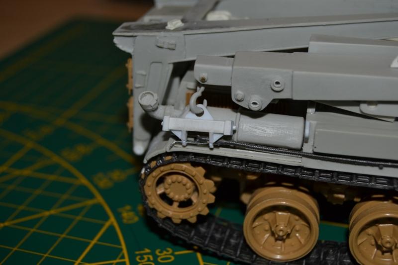 AMX-30 PLUTON -[Heller 81129] + [Terre-Model TM014] 1/35 - Page 2 Dsc_0383