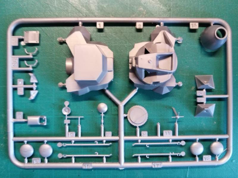 LEM Module Lunaire 1/100 Réf CADET 019 Img_2084