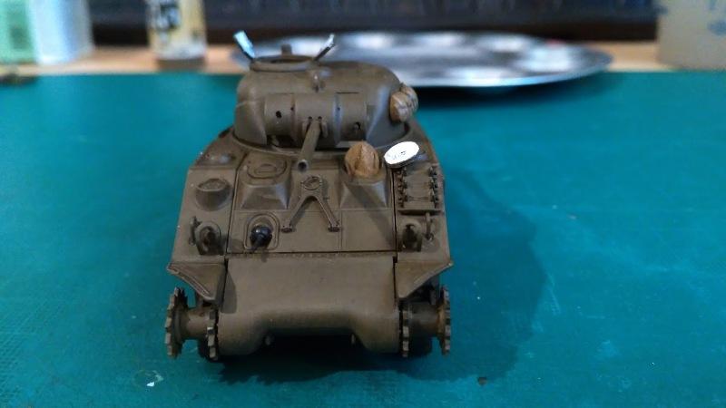 "La 2ème DB ""Jeep - GMC CCKW353 - Sherman M4a2""  [Heller 1/72] - Page 3 Img_2353"