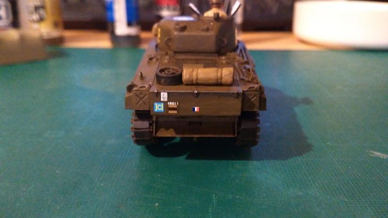 "La 2ème DB ""Jeep - GMC CCKW353 - Sherman M4a2""  [Heller 1/72] - Page 3 Img_2357"